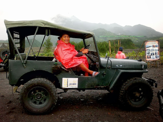 Liburan ketika musim hujan ke Merapi