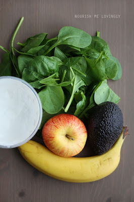 spinach_smoothie_ingredients_AIP