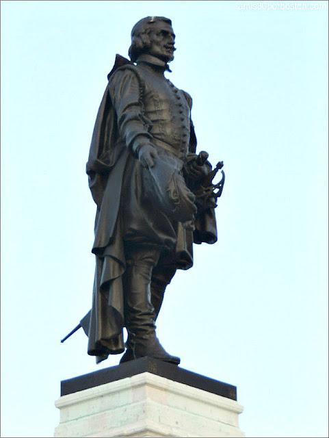 Estatua de Samuel de Champlain en Quebec