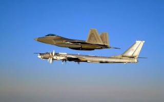 F-22 Raptor AS Bertemu Tu-95 Bear Rusia