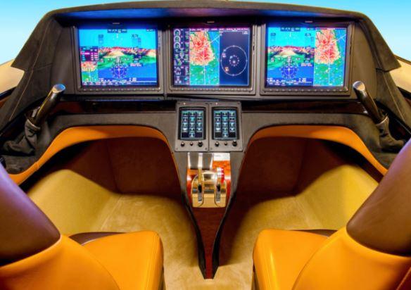 Kestrel K-350 cockpit
