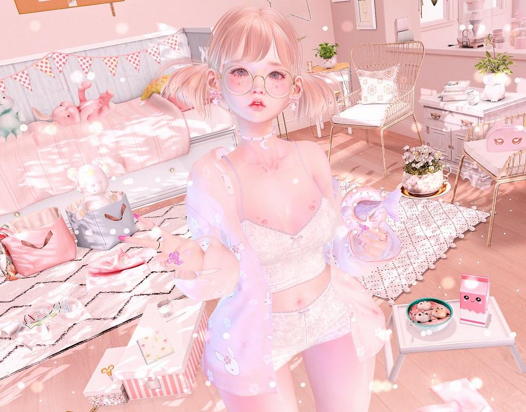 https://www.flickr.com/photos/-gossip_girl-/48344798011/in/dateposted/