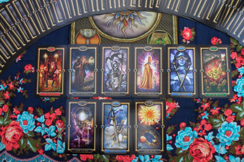 Samhain Moon Gilded Tarot Royale Review