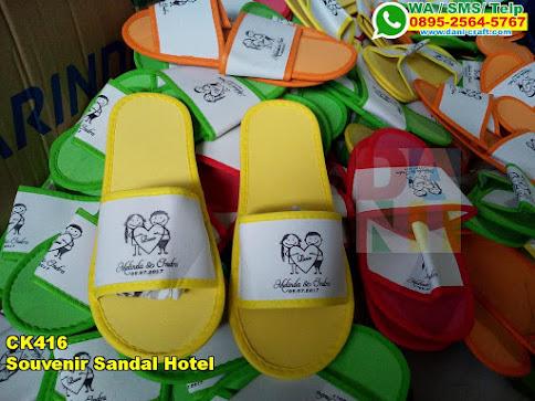 Toko Souvenir Sandal Hotel