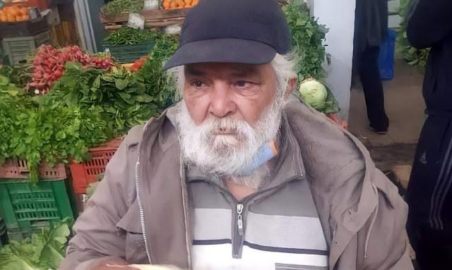 """بالفيديو / الممثل حمزة داود : """"بكيت لتلك الصورة ، وخيّرت العمل بعرق جبيني نبيع الملسوقة خير ملي نمد يدي للتسوّل"""""""