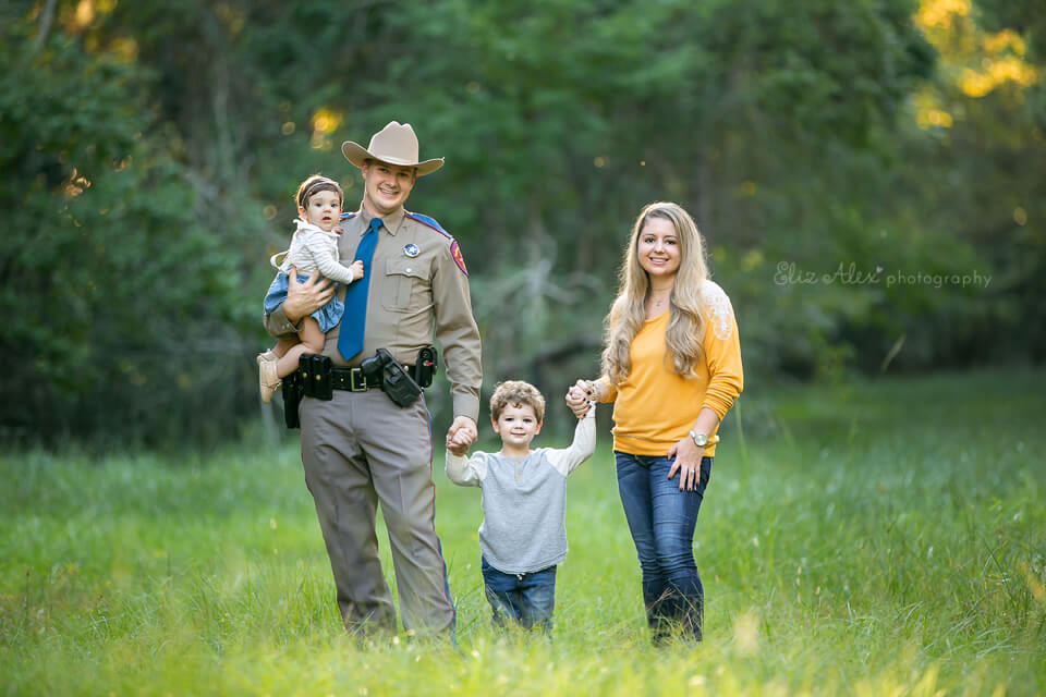 family photographer the woodlands