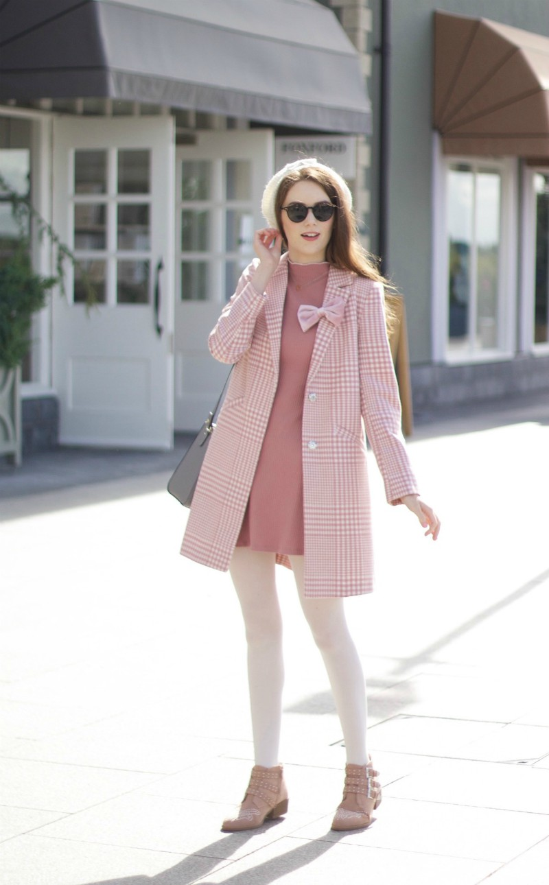 Pink Autumn Outfit