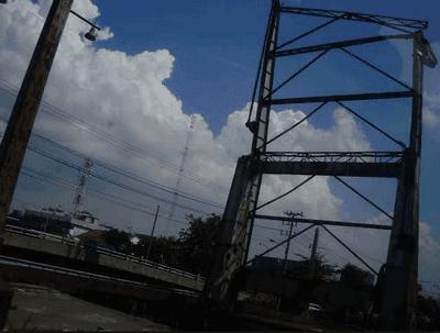 Jembatan Petekan