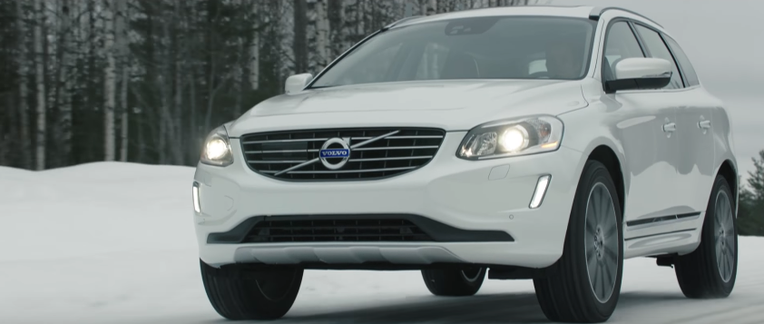 Canzone Volvo XC60  pubblicità a zero gradi ci divertiamo - Musica spot Dicembre 2016