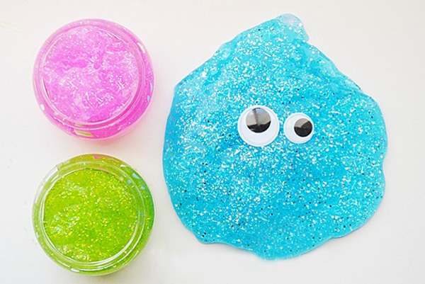 how to make slime with blu tack and soap