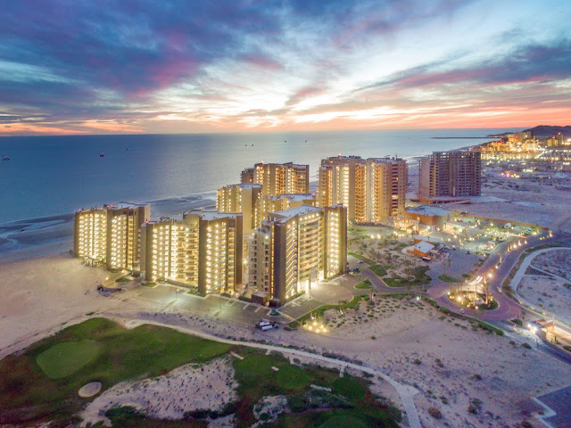 Luxurious one to four bedroom condos. Las Palomas Beach & Golf Resort is the only 4-diamond resort hotel in Puerto Peñasco, offering breathtaking views of the Sea of Cortez.