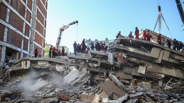 Τουρκία: Διασώθηκε 3χρονο κοριτσάκι από τα ερείπια 65 ώρες μετά τον σεισμό
