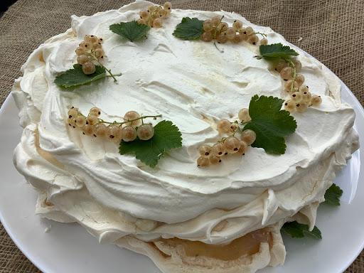 White Currant and Cream Vacherin