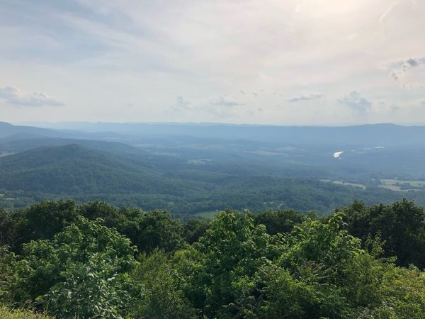 Blick in die Appalachen im Shenandoah Nationalpark in Virginia