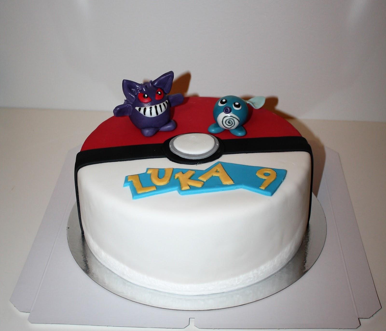 pokemon boll tårta