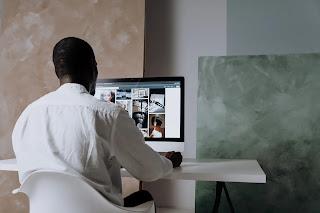 يساعد التطبيق الذي يتخذ من دبي مقراً له المصورين على اكتساب المال بالنسبة للمواهب عبر NFTs