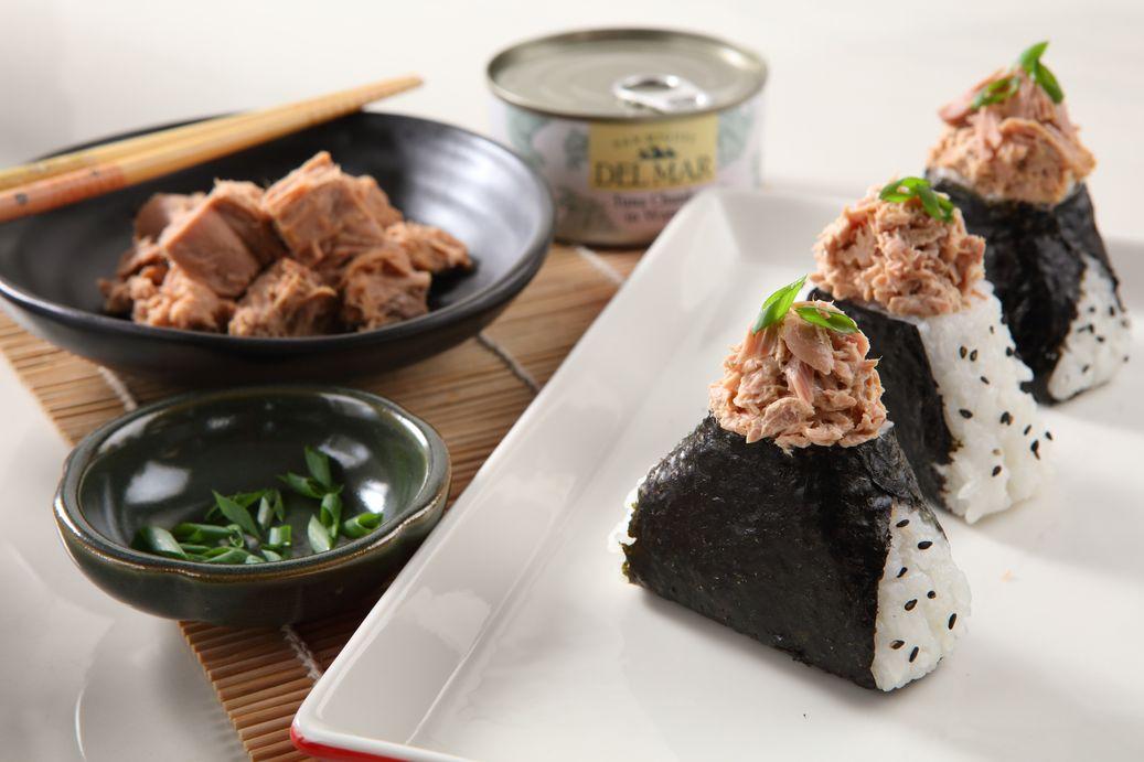 Tuna onigiri recipe