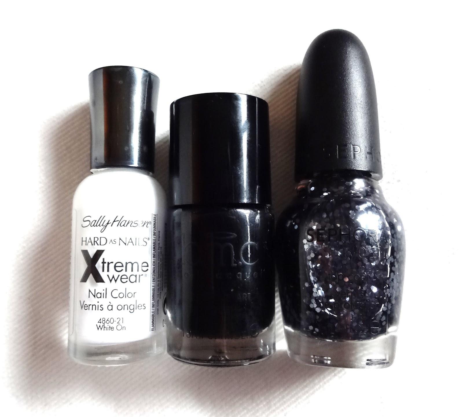 lacquered lawyer nail art blog christmas noir. Black Bedroom Furniture Sets. Home Design Ideas
