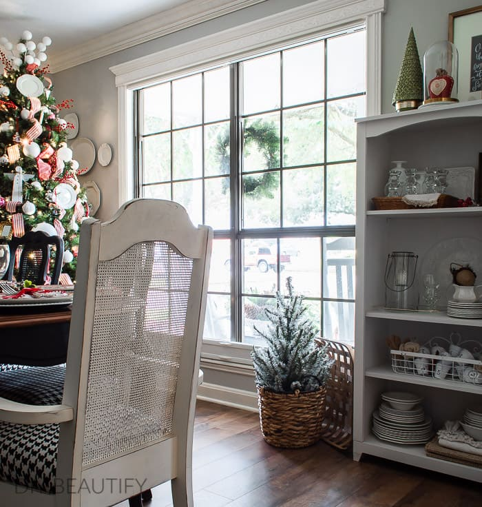 Christmas tablescape and decor