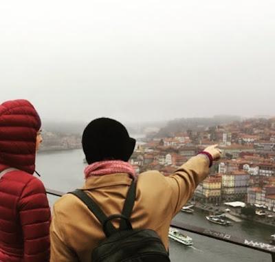 Guia a mostrar o Porto