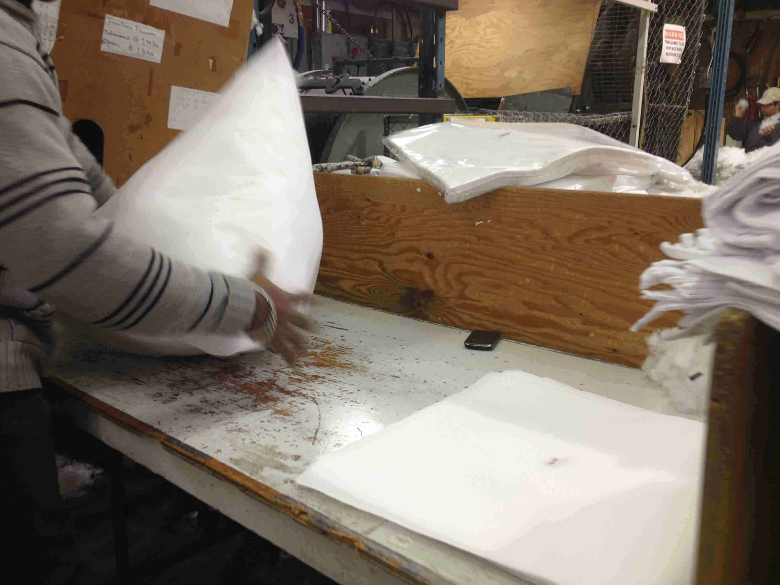 pillow forms pillow inserts estimating polyster stuffing polyester fiber being blown into bags