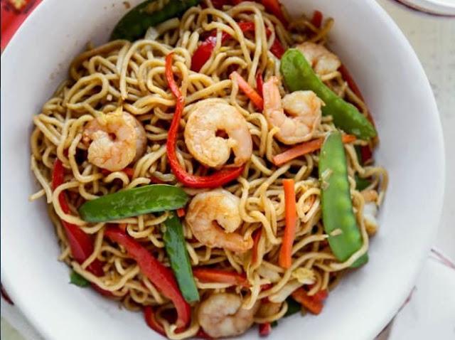 Easy Shrimp Lo Mein #dinner #shrimp