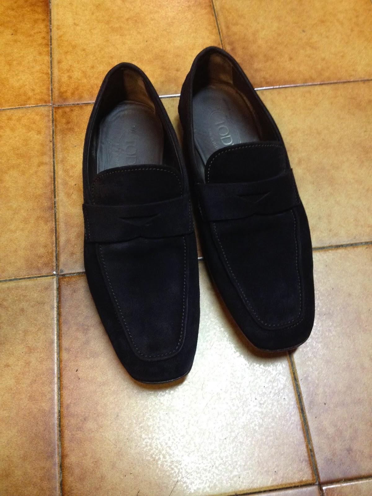 cordonnerie maroquinerie bagagerie sellerie comment teindre des chaussures en daim veau. Black Bedroom Furniture Sets. Home Design Ideas