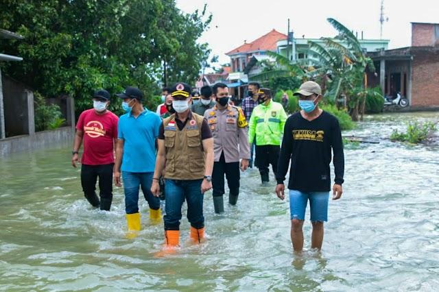 Tinjau Banjir, H.M Hartopo : Semoga Lekas Surut