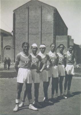 Exposició 75 anys de bàsquet al Roser