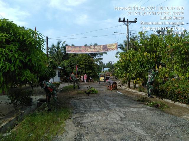 Gotong Royong Jumat Bersih Dilakukan Personel Jajaran Kodim 0208/Asahan Bersama Masyarakat