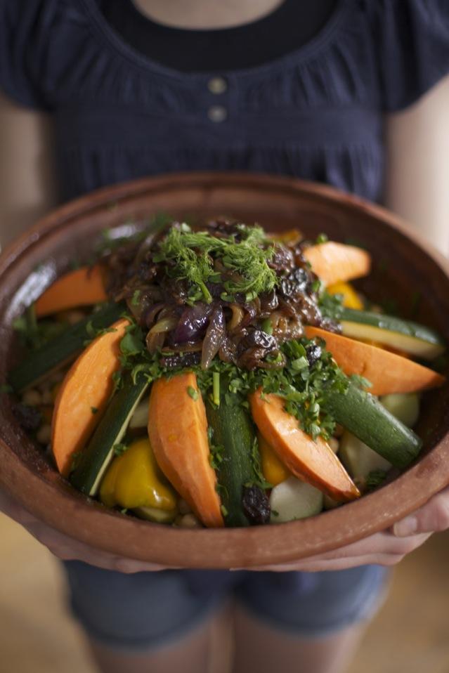 Marokkanische Gemüsetajine mit karamellisierten Zwiebeln