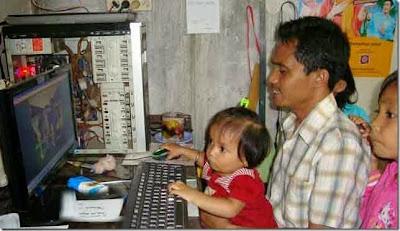 Mengenalkan-komputer-di-usia-dini-tidak-akan-membuat-anak-menjadi-pintar