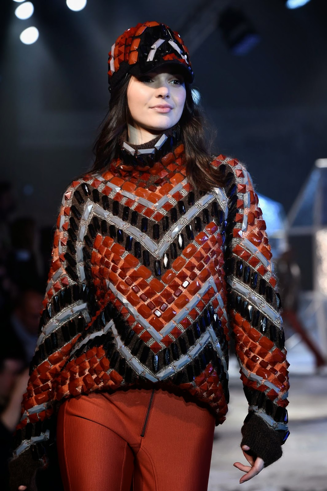 Kendall Jenner walks the H&M Fashion Show at the Paris Fashion Week