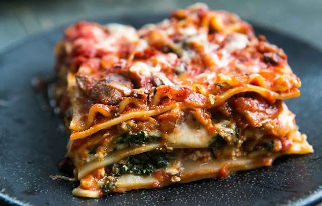 The Best Vegetarian Lasagna #dinner #vegetarian