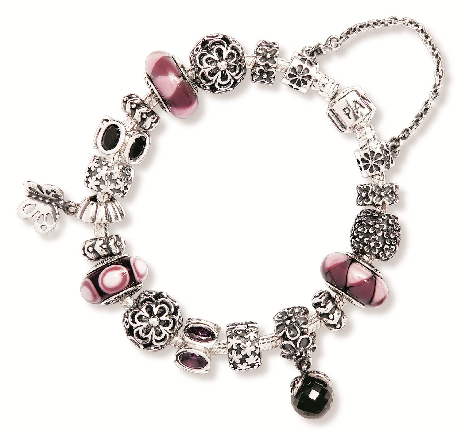 Chic o Choc fashion blog: PANDORA tinge di rosa la tua ...