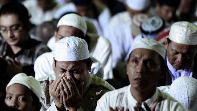 Malam Nisfu Syaban 2020 Jangan Sampai Terlewatkan! Doa Tak Akan Tertolak dan Dosa-dosa Diampuni dengan Amalan Ini