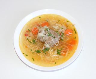 retete supe de casa cu carne de curcan reteta supa de curcan cu legume si taitei,