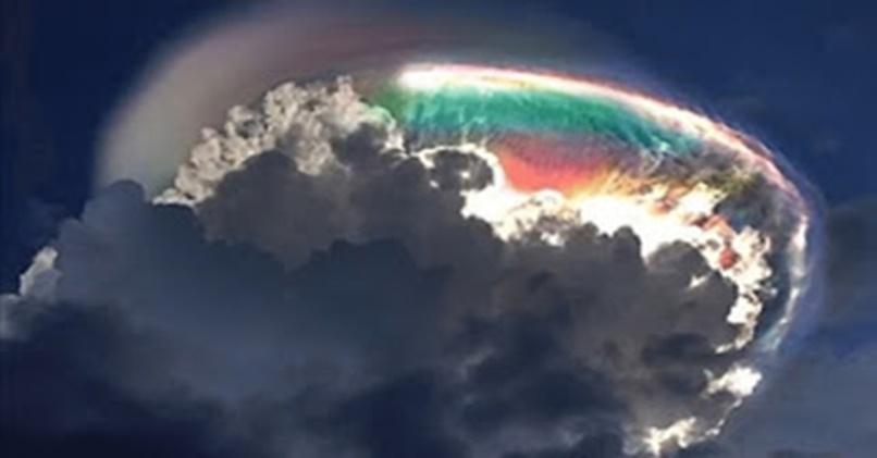 Eis Que Vejo Os Céus Abertos E O Filho Do Homem Parado Na Mão Direita De Deus