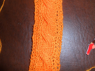 Reversible cable doll scarf pattern