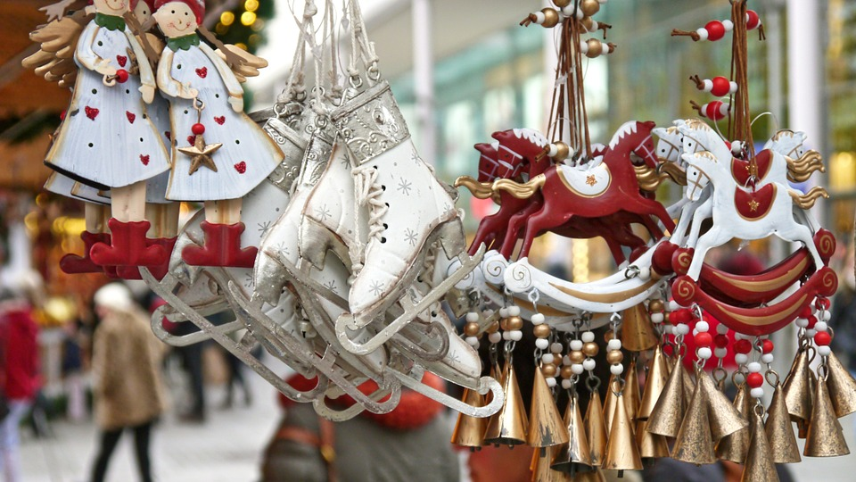 10 Reasons to Visit York in December - st nicholas fayre