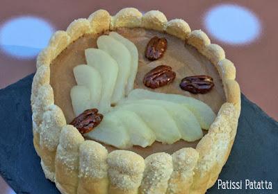 dessert de pâques, charlotte au chocolat, biscuits à la cuillère maison, dessert de fêtes, noix de pécan, poires en dessert