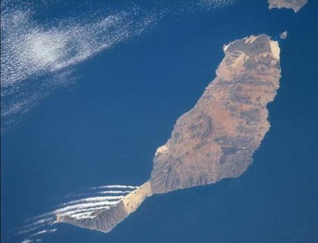 Fuerteventura al 6 - Marzo-2021 tiene 20 altas, 7 nuevos contagiados, quedando la isla con 107 casos activoa acumulados