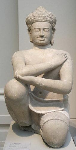 Kneeling+attendant+-+Metropolitan+Museum+of+Art.jpg