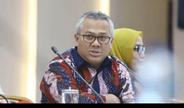 Ketua Komisi Pemilihan Umum (KPU) Arief Budiman mengonfirmasi dirinya terinfeksi virus Covid-19.