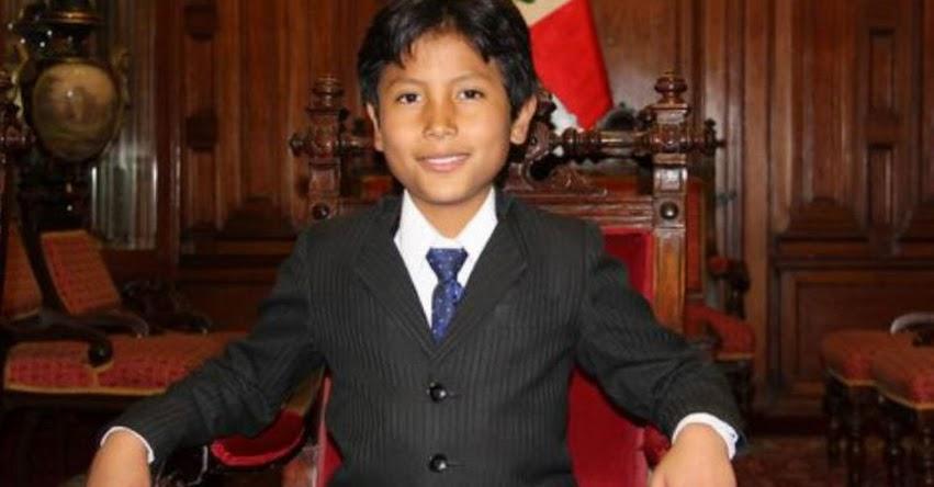 JOSÉ ADOLFO QUISOCALA CONDORI: Iniciativa financiera ecológica de niño arequipeño gana premio mundial «Children's Climate Prize 2018»