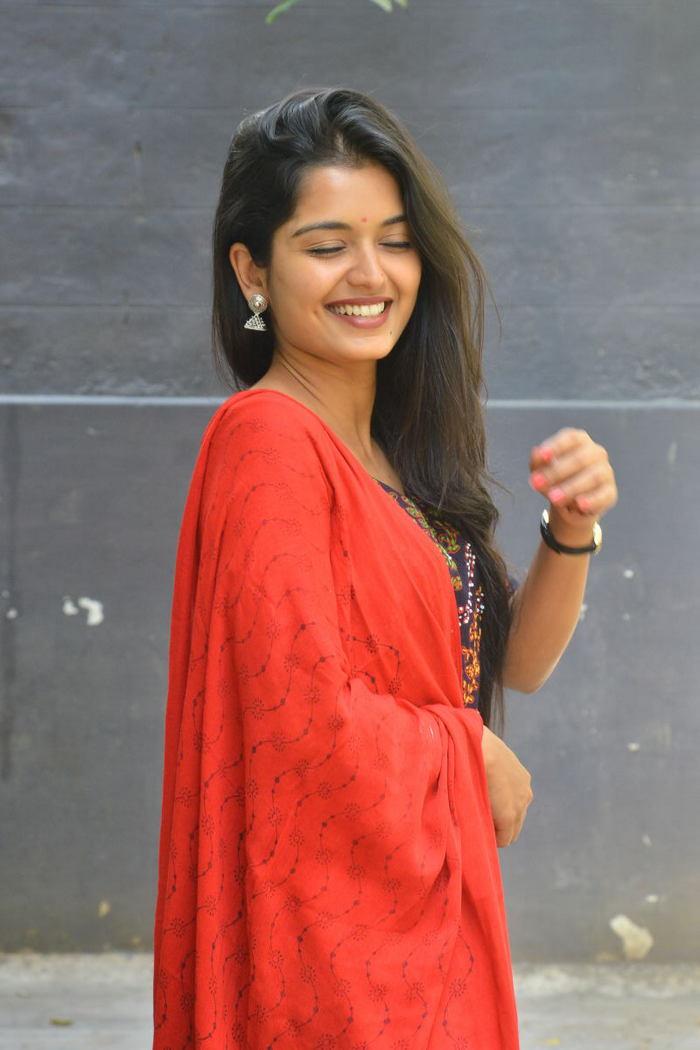Priyanka Jain at Vinara Sodara Veera Kumara Press Meet