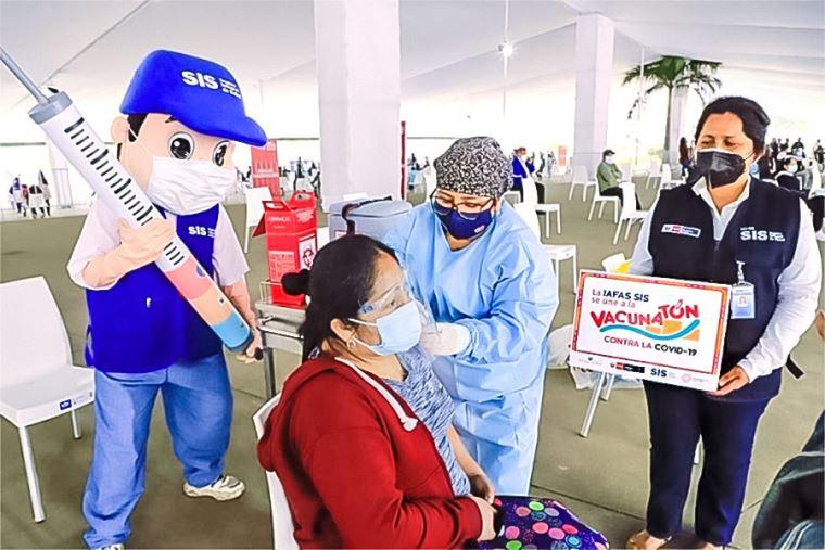 Vacunación en Trujillo y La Libertad continúa