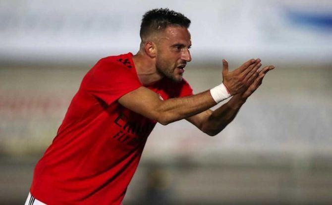 Samaris marcou o golo da vitória