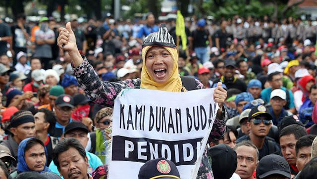 Dihapus, Honorer Tertipu Janji Jokowi