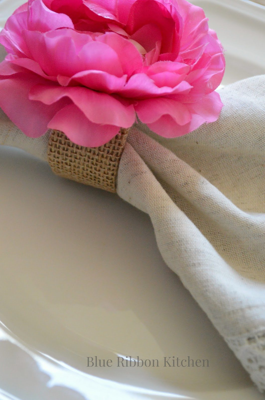 Blue ribbon kitchen easy diy flower napkin rings fabric or burlap to wrap napkin ring mightylinksfo